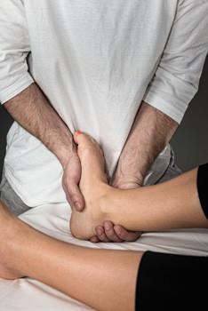 Ayak Bilegi Agrisi - Kronik Lateral Ayak Bileği Ağrısı